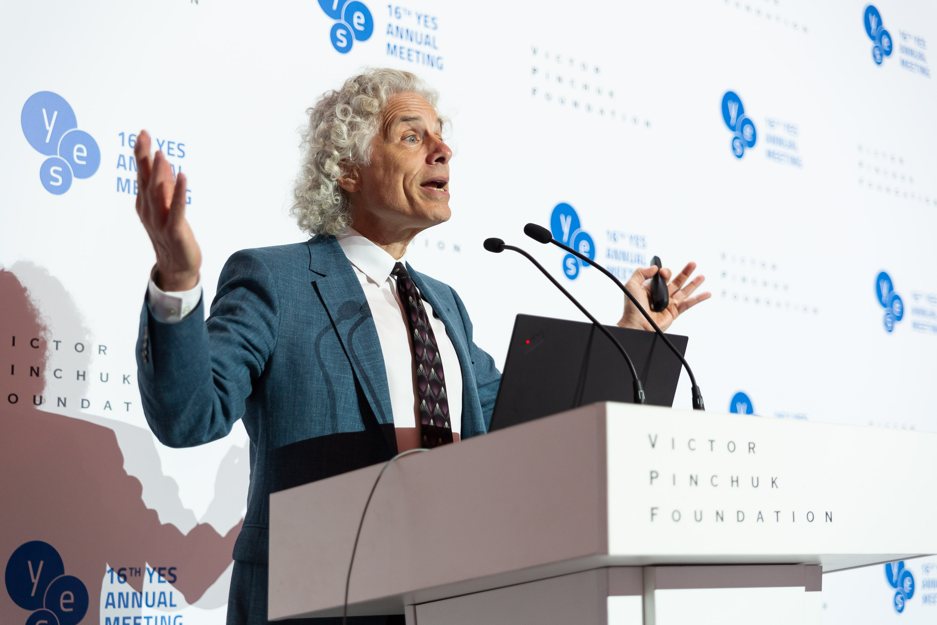 "Public lecture ""Is the world getting better or worse? A look at the numbers"" by Steven Pinker, Johnstone Professor of Psychology, Harvard University"